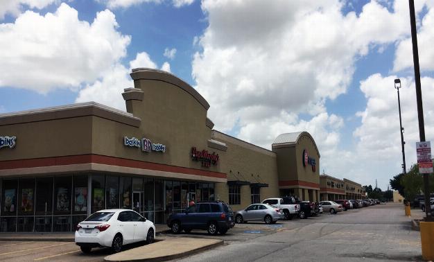 Highland Shopping Center}