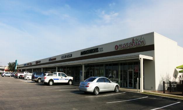Friendswood Shopping Center}