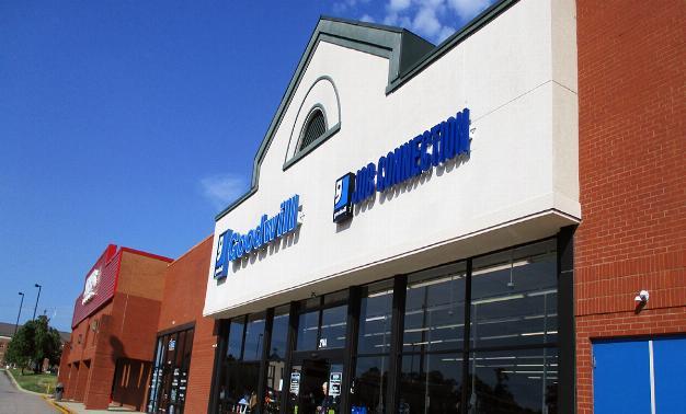 Fashion Place Shopping Center}